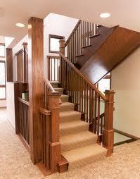 Деревянные лестничные конструкции для частного дома.