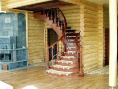 Выбор отделки для деревянной лестницы